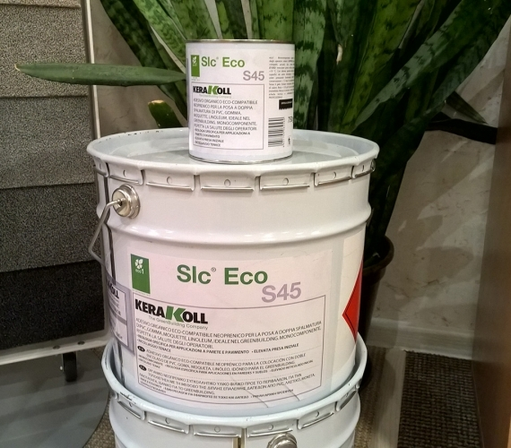 Adeziv neoprenic pentru lipire mocheta linoleum gazon sintetic interior exterior Slc Eco S45  Kerakoll