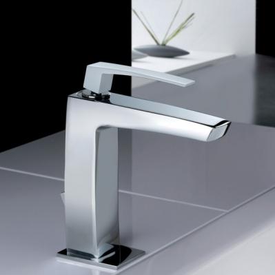 bliss-art-baterie-moderna-pentru-baie-culoare-alb-mat-gama-luce-productie-flli-frattini