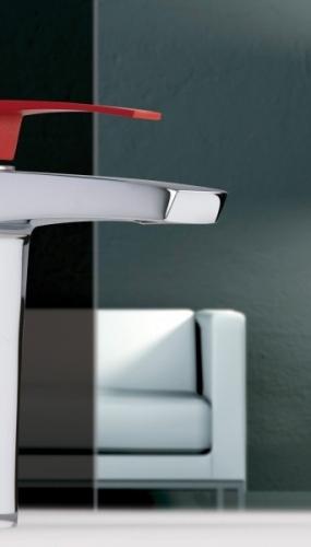 baterie-moderna-pentru-baie-cu-maner-rosu-gama-luce-productied-flli-frattini-italia