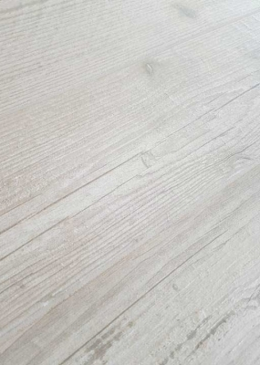 Gresie-imitatie-lemn-calitatea-a-Kauri-Unicom-Starker