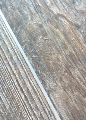 Gresie portelanata in masa tip parchet din lemn gama KAURI