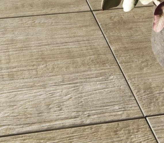 Gresie portelanata in masa cu aspect de lemn, pentru exterior, gama BARK.