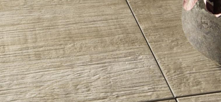 Gresie pentru exterior 2 cm, cu aspect de lemn, gama BARK 2 THICK