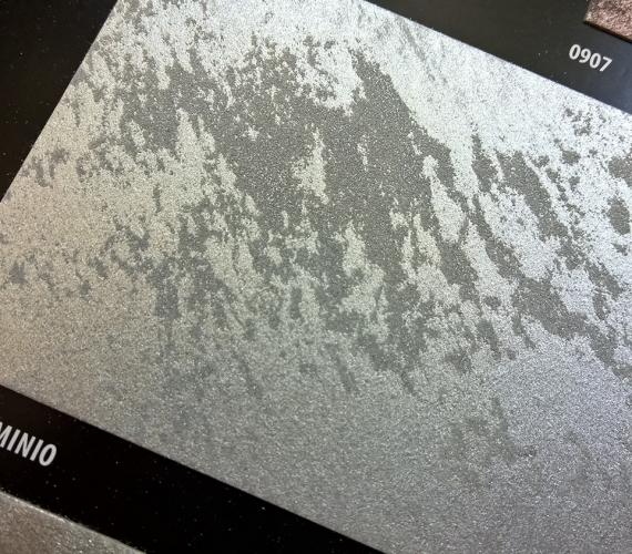 lavabila-cu-aspect-metalic