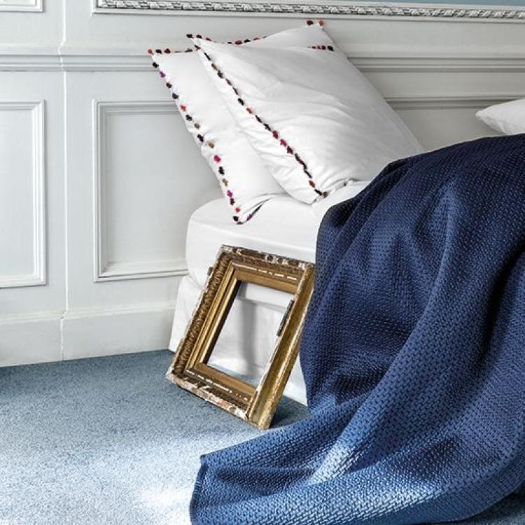 Mocheta labasta satinata pentru dormitor gama SATIN