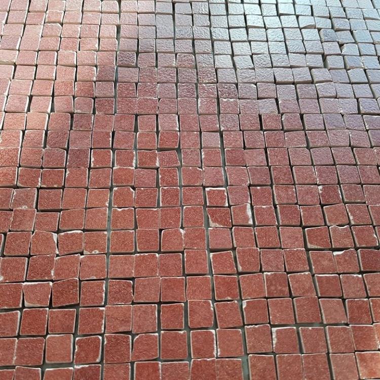 mozaic-bordo-ieftin-din-ceramica-portelanata-cere-bordeaux
