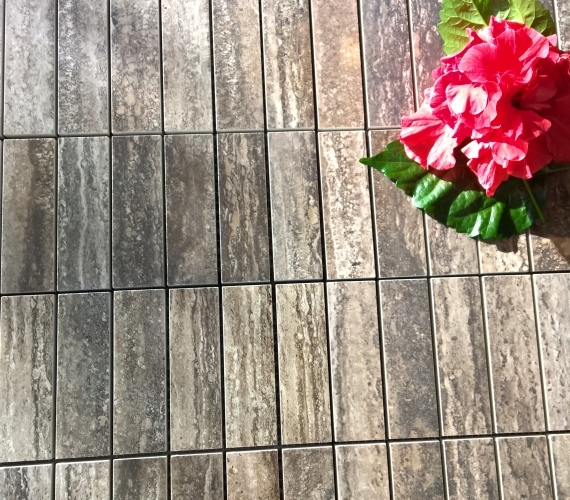 mozaic-ceramic-pentru-trafic-intens-traces-polished-charcoal-productie-italia