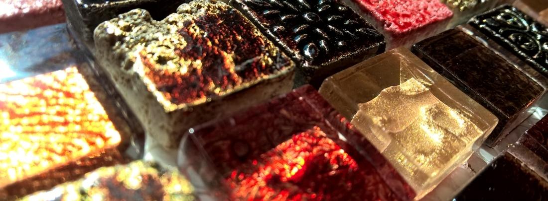 Mozaic din marmura si sticla gama SKYLINE.