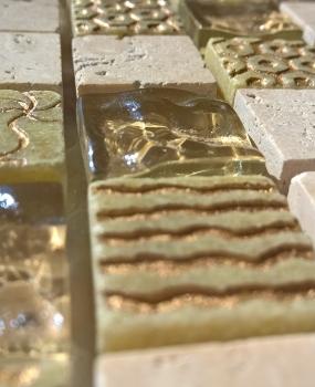 mozaic-din-sticla-si-marmura-cu-gravura-productie-keros