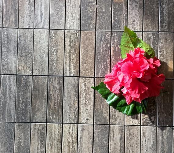 mozaic-ieftin-productie-italia-traces-polished-charcoal