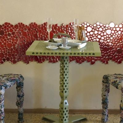 Perete decorat cu brau din mozaic rosu din marmura - BLISS ART DESIGN