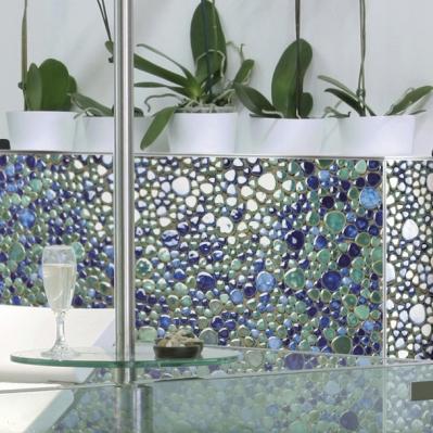 Perete placat cu mozaic din marmura albastra - BLISS ART DESIGN