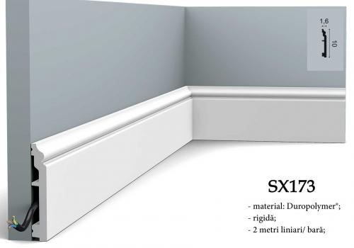 Plinta clasica alba duropolimer Orac Decor SX173