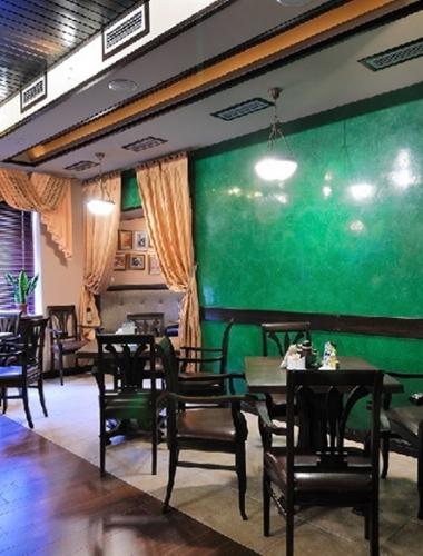Vopsea decorativa lucioasa pentru interior Stucco Veneziano culoare verde