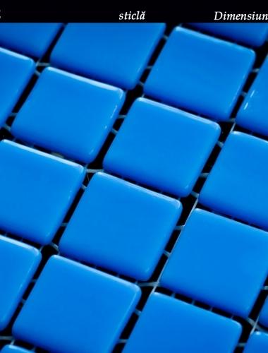 mozaic albastru din sticla simple light blue dimensiune placa 31,5 x 31,5 cm