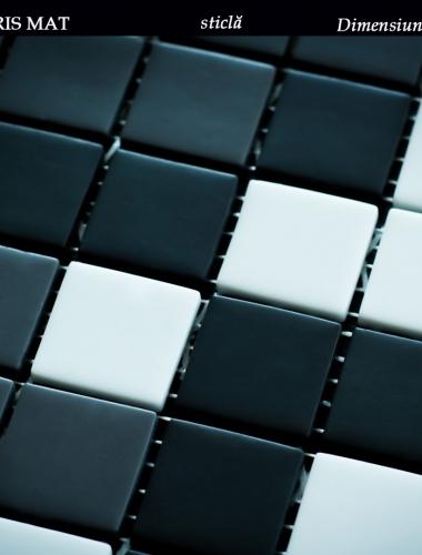 mozaic din sticla alb negru si gri mat dimensiune placa 31,5 x 31,5 cm