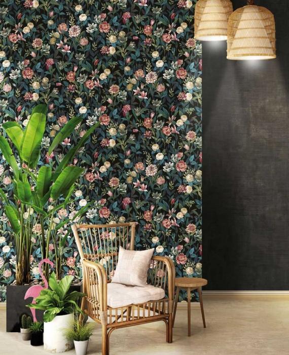 tapet-negru-cu-flori